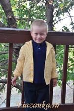 Куртка с капюшоном для мальчика 4-5 лет