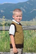 безрукавка с орнаментом для мальчика 6-7 лет_миниатюра