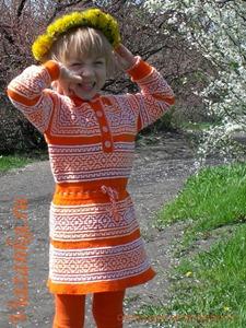 Ленивые узоры прекрасно украсят детское платье