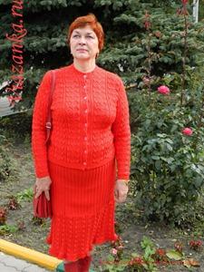 Жакет и юбка ажурного костюма