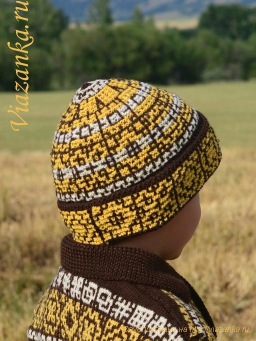 вид сбоку шапки с отворотом для мальчика 6-7 лет