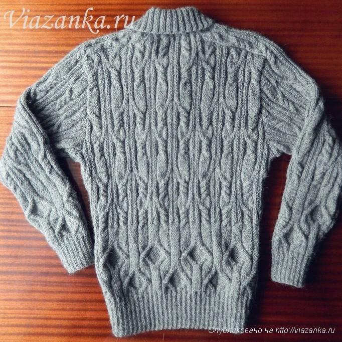 мужской свитер спицами вид сзади