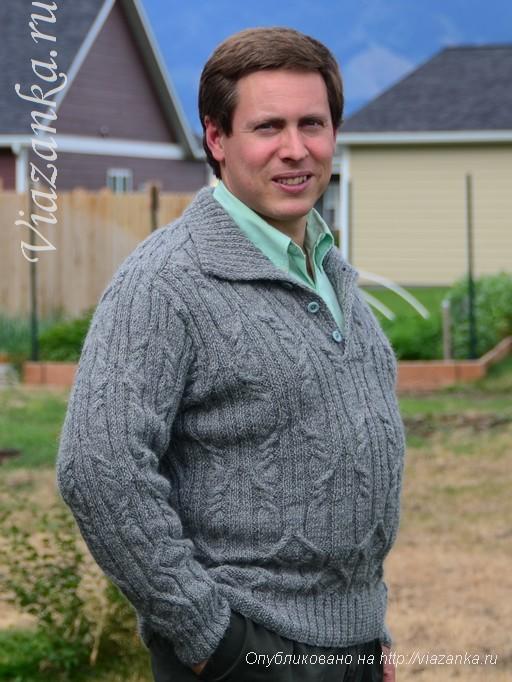 общий вид мужского свитера спицами