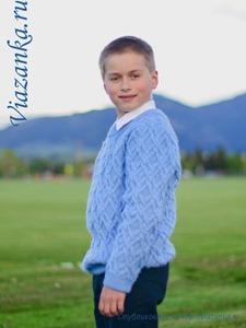 свитер для школьника