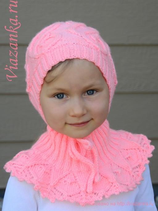 манишка и шапочка спицами для девочки
