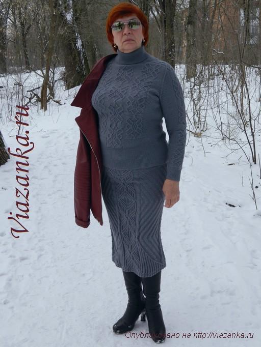 серый женский свитер спицами 4